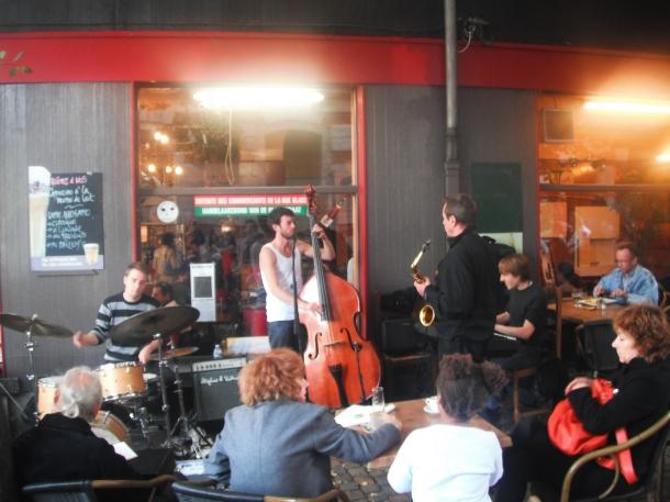 Jazz at Place de Jeu de Balle